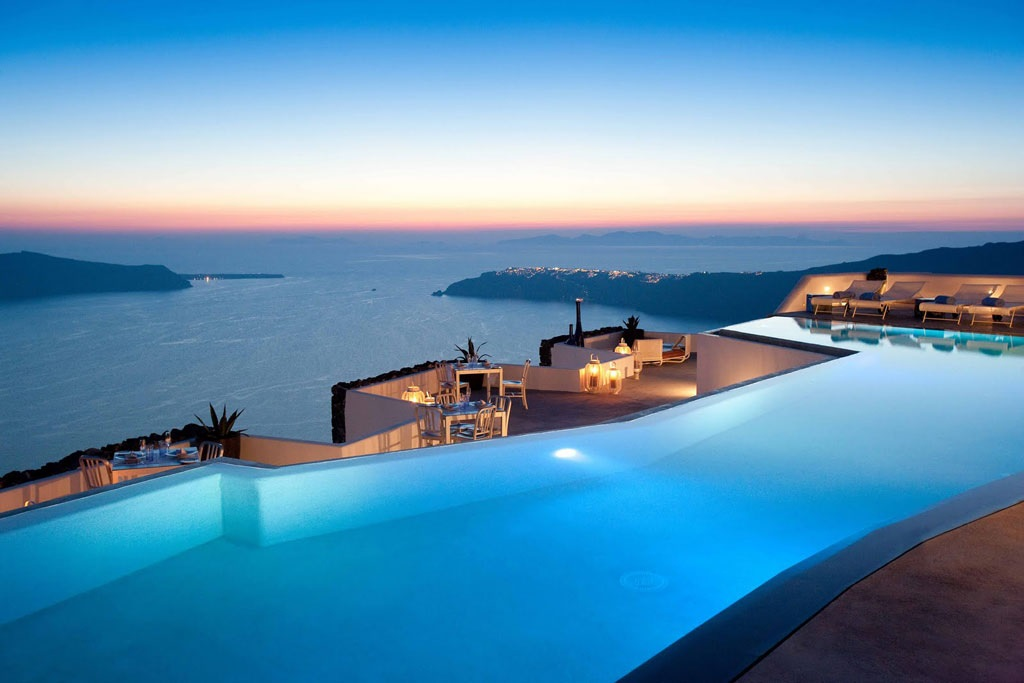 Fancy a swim? 10 amazing pools that will seduce you Fancy a swim? 10 amazing pools that will seduce you Fancy a swim? 10 amazing pools that will seduce you Amazing polls Grace Hotel1
