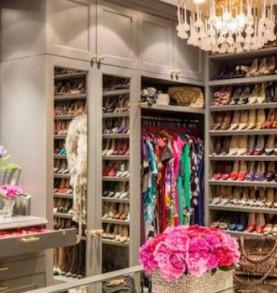 Create a paradise closet for yourself! Create a paradise closet for yourself! Create a paradise closet for yourself! modern closet home decor ideas 277x293