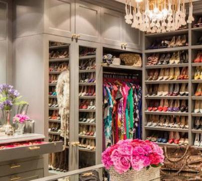 Create a paradise closet for yourself! Create a paradise closet for yourself! Create a paradise closet for yourself! modern closet home decor ideas 405x364