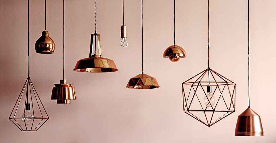 Copper madness: 10 ways to embrace this home decor trend home decor trend Copper madness: 10 ways to embrace this home decor trend Copper pandant lights featured