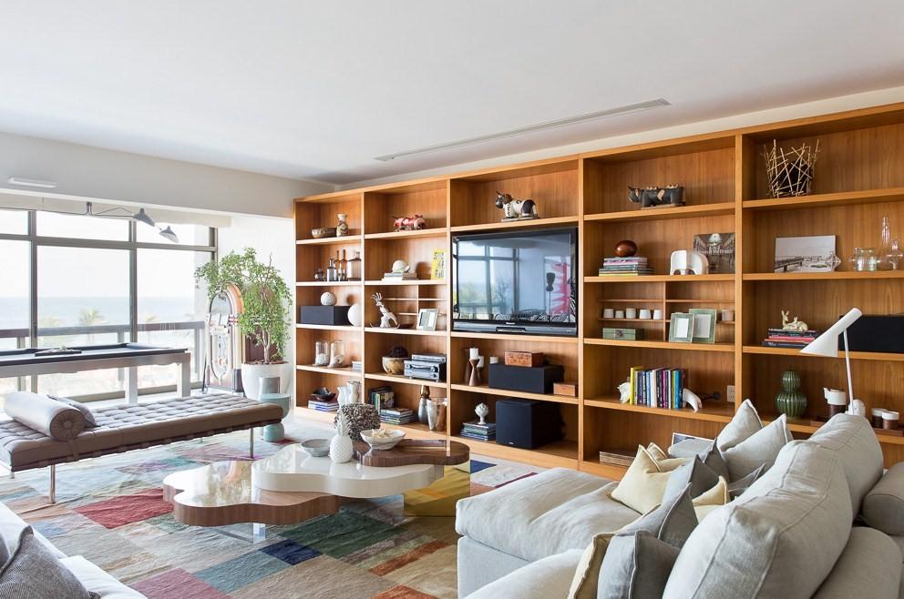 Modern Apartment in Copacabana with Scandinavian Design