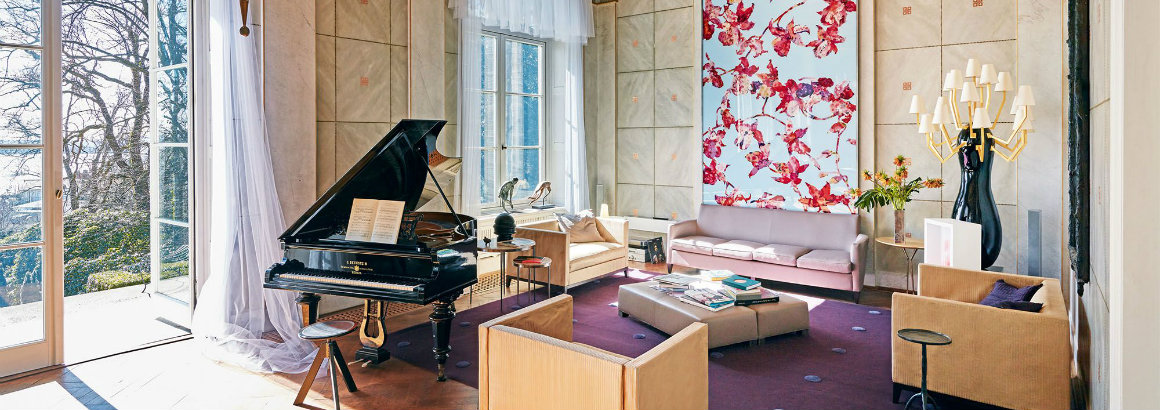 Be Inspired By Karl Lagerfeld's German Villa - And It's For Sale! karl lagerfeld Be Inspired By Karl Lagerfeld's German Villa – And It's For Sale! hbz karl lagerfeld home hamburg germany index2 1530037845