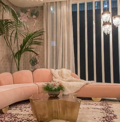 Vintage curvy sofas you will obsess over f velvet sofas Vintage velvet sofas you will obsess over Vintage curvy sofas you will obsess over f 405x410
